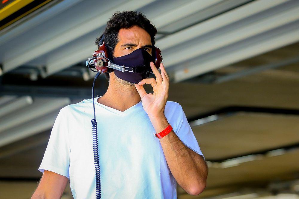 Estrela do automobilismo brasileiro, Camilo elogia GT Sprint Race