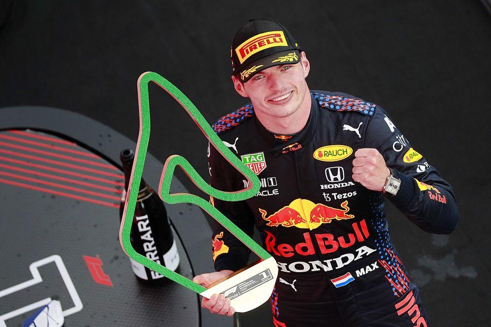 Verstappen ongenaakbaar in Grand Prix van Stiermarken
