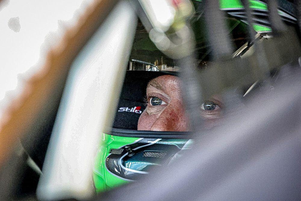 WTCR Hungary: Huff scores sensational pole for Zengo