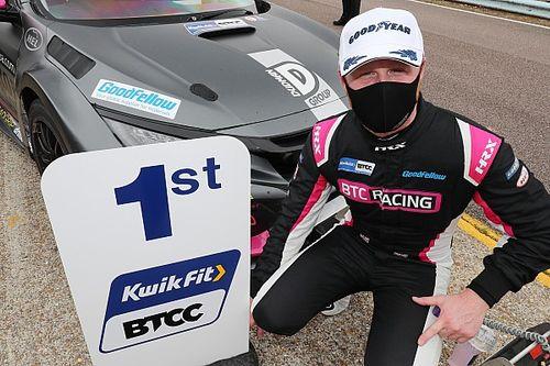 Thruxton BTCC: Cook survives wild first lap to win Race 1 opener