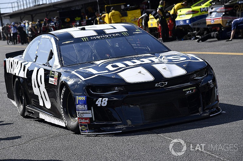 Jimmie Johnson DNFs at Darlington, puts playoff position in jeopardy