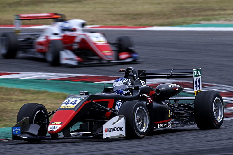 Misano F3: Vips fends off Palou to win