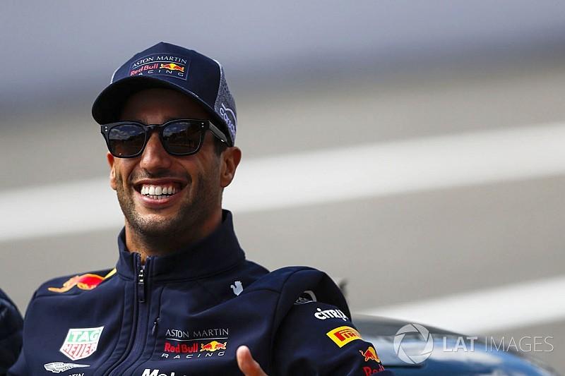 A tifosik Ricciardót is szívesen látnák egy Ferrariban