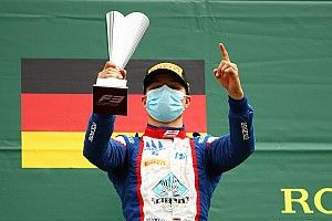 Spa F3: Zendeli se lleva su primera victoria