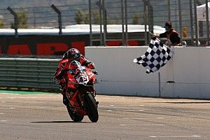 Aragon WSBK: Redding leads Ducati 1-2 ahead of Rea