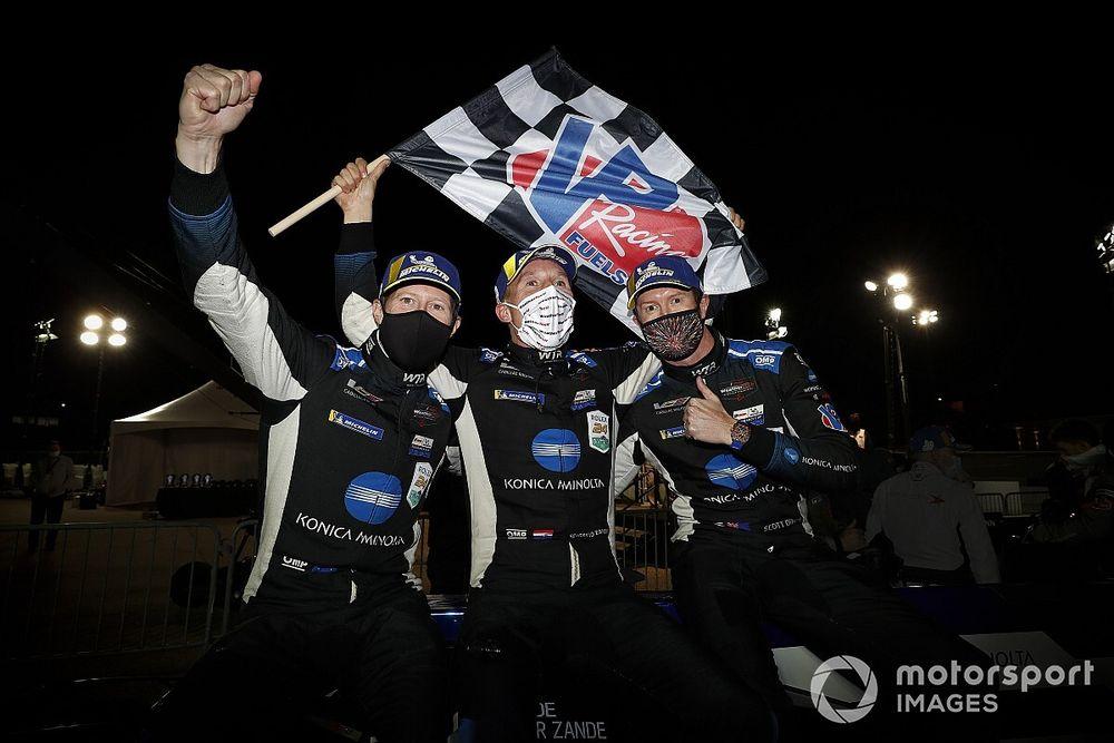 Petit Le Mans: WTR wins after leaders clash in final stint