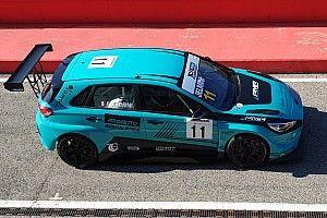 TCR Italy: Jelmini vola in Pole per Gara 1 di Imola