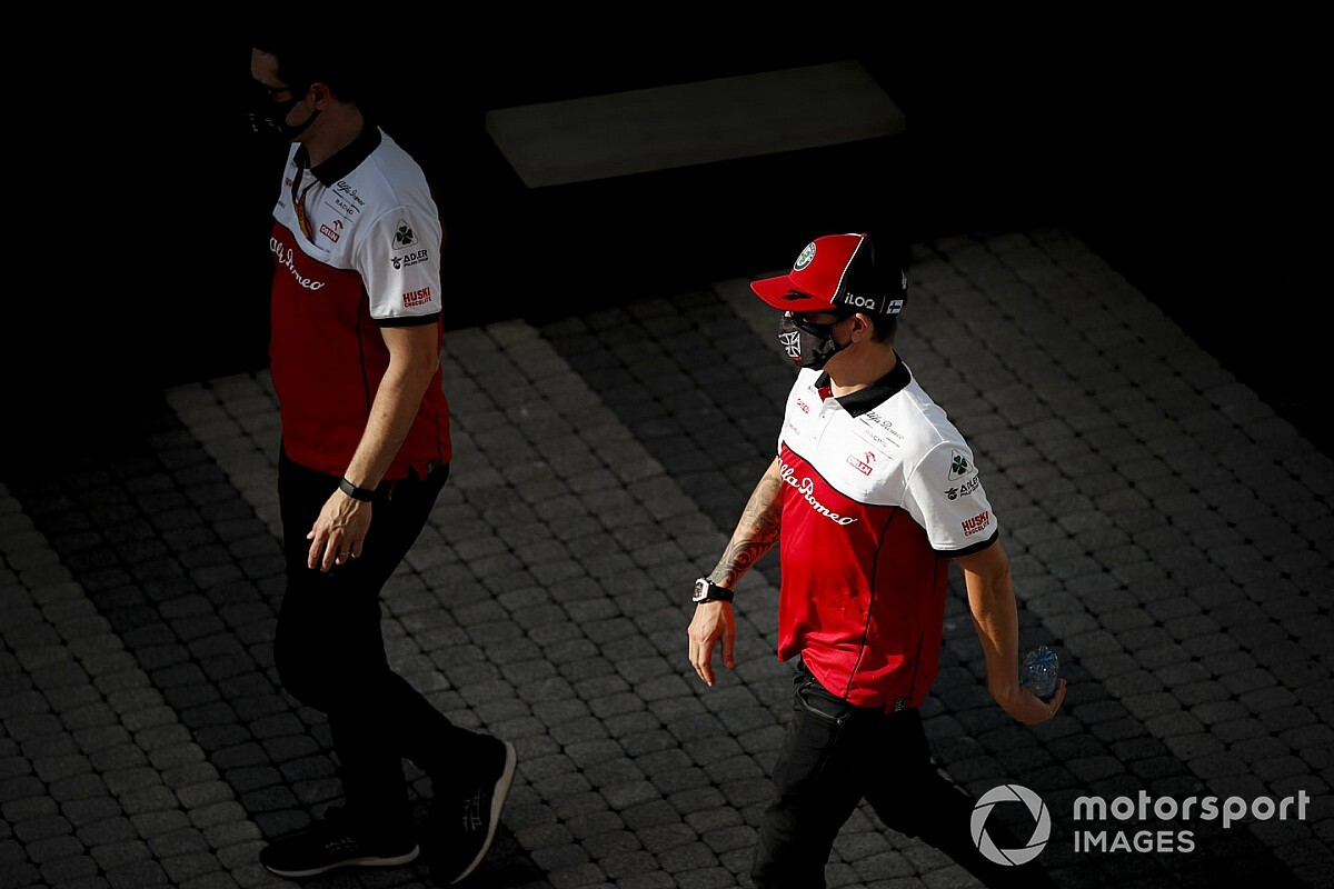 """Raikkonen over nieuw contract: """"Ik heb niets getekend"""""""