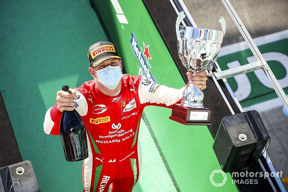Monza zaferi, Schumacher'e F2 şampiyonluğu için momentum kazandırdı
