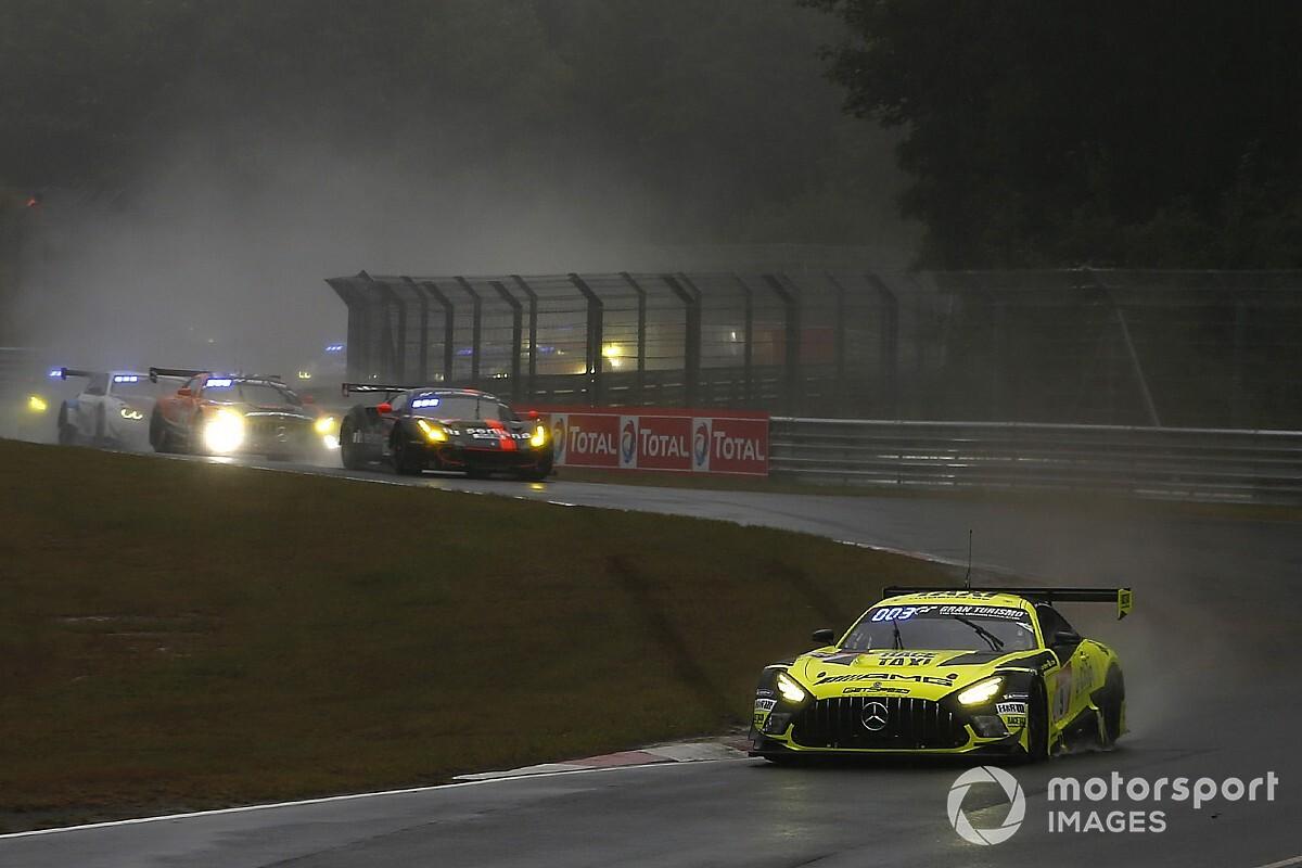 24h Nürburgring 2020: Mercedes dominiert die Anfangsphase
