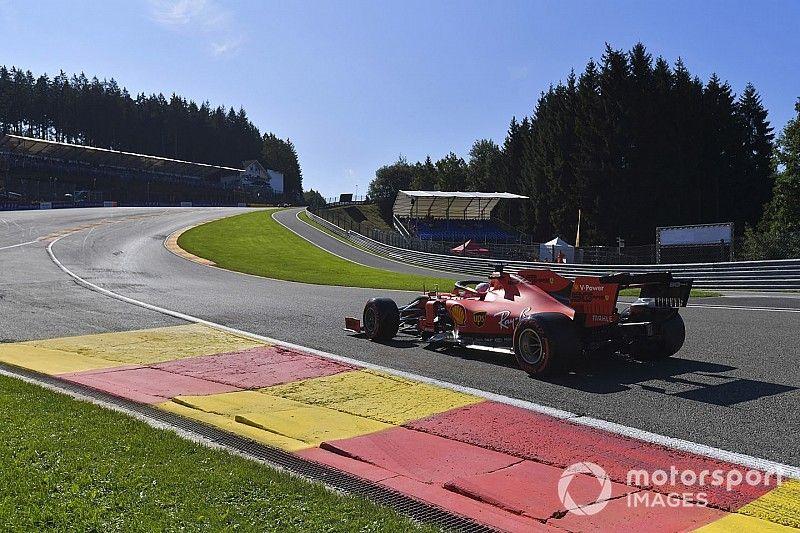 """Vettel: Les longs relais de Ferrari sont """"trop mauvais"""""""