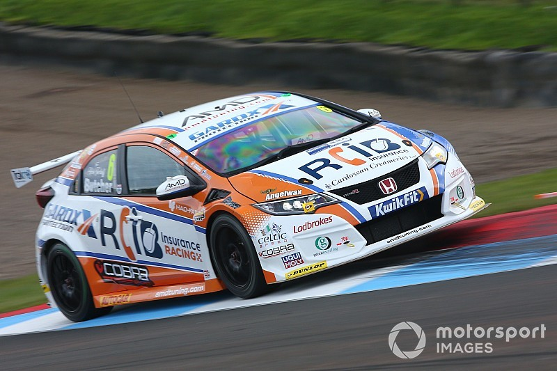 Knockhill BTCC: Butcher dominates qualifying for maiden pole