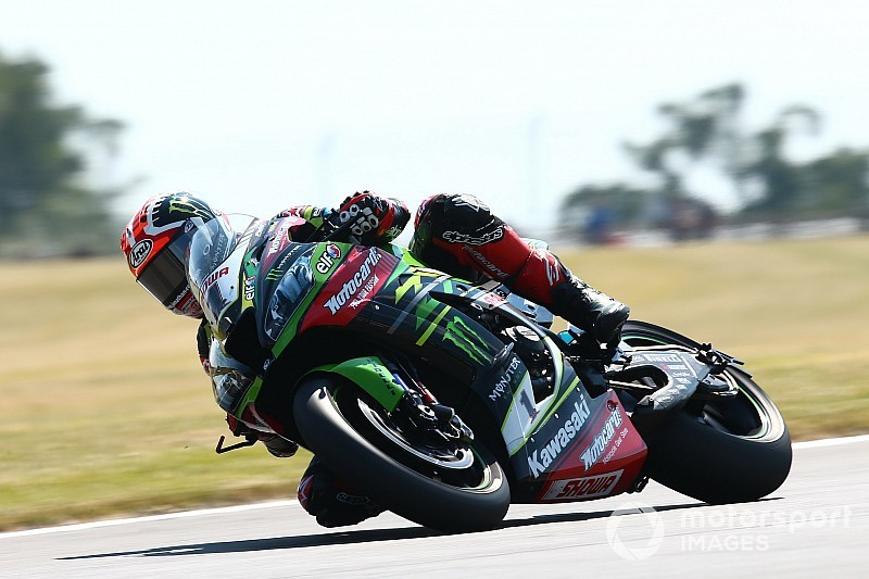 Donington WSBK: Rea grabs points lead as Bautista crashes