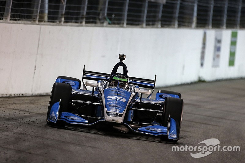 Gateway IndyCar: Daly tops evening practice, Kimball crashes