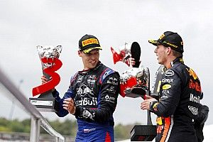 Honda: Подиум Квята – награда Toro Rosso за помощь нам