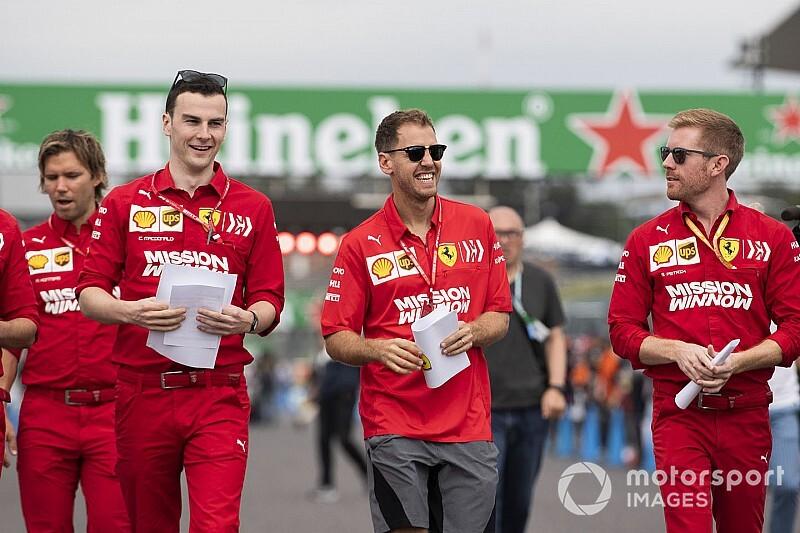 Ferrari: Vettel richiamato per l'ordine non rispettato