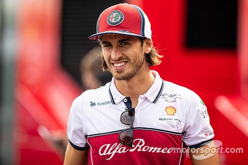 Слухи: Джовинацци останется в Alfa Romeo на 2020 год