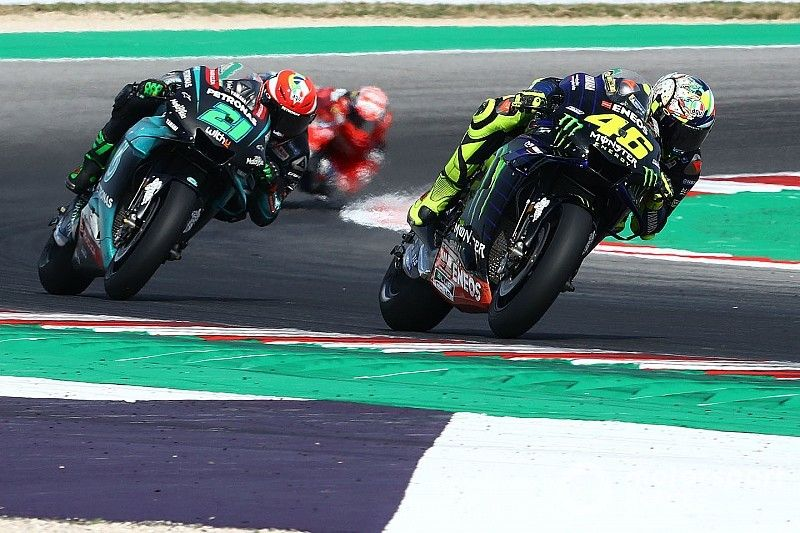 """Rossi seeking """"solution"""" to catch up fellow Yamahas"""
