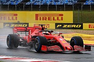 Vettel lidera una práctica 2 pasada por agua en Hungría