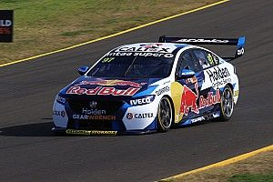 Sydney Supercars: Van Gisbergen leads McLaughlin in Practice 2