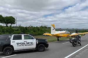 Autópályán hajtott végre kényszerleszállást egy kisrepülő az Egyesült Államokban