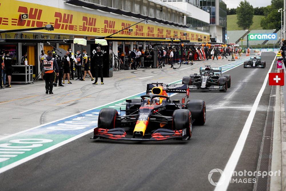 Hamilton, sorprendido de que Red Bull esté tan atrás