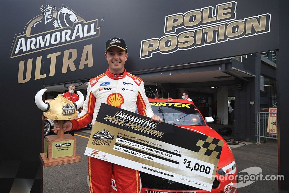 Sydney Supercars: McLaughlin storms to pole