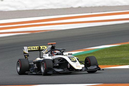 Lundgaard también lidera el segundo día del test de F3 en Valencia