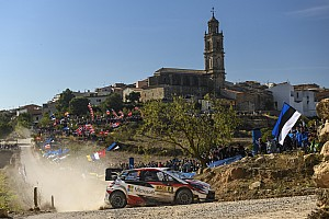 WRC Catalonië: Neuville aan de leiding na dag twee