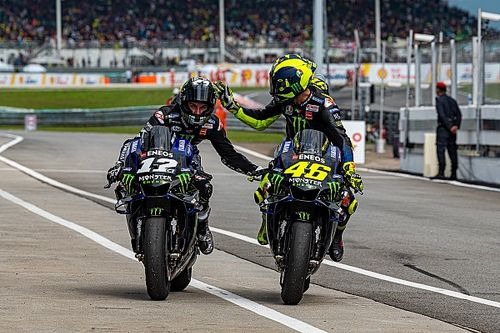 Rossi: Pilotos jovens são muito agressivos e gostam de irritar