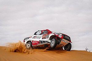 Alonso, Dakar'ın 10. etabında takla attı