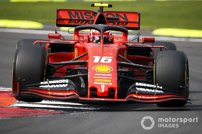 """Leclerc: """"Ik kan nog steeds heel veel leren van Vettel"""""""