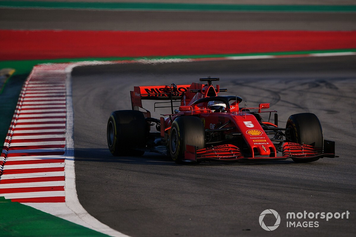 """Vettel: """"Mercedes hem tek turda hem de yarış temposunda daha hızlı"""""""