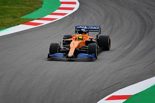 Fotogallery: lo shakedown in pista della McLaren MCL35