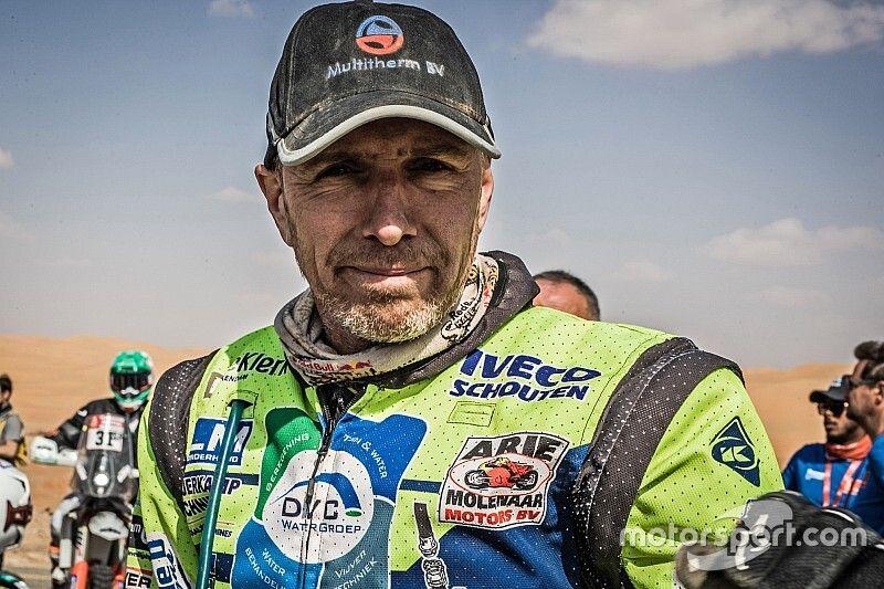 Piloto ganador del Dakar en estado crítico