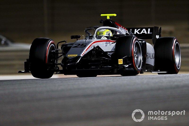 F2 Bahreyn testi: Testlerin en hızlısı Ghiotto