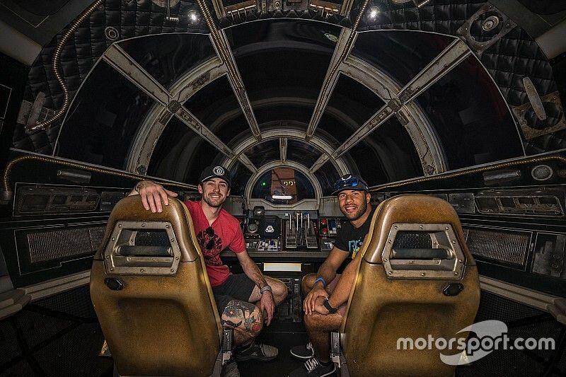 Ryan Blaney, Bubba Wallace take Star Wars detour to Daytona