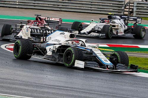 """Russell: GPs com baixa aderência como Turquia """"não são a F1"""""""