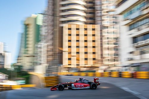 Macau GP: Leong wins crash-affected qualifying race