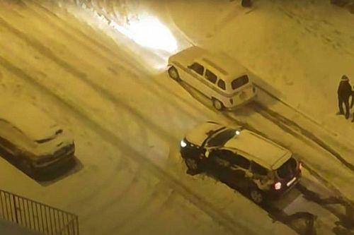 La nevada y sus consecuencias: Renault '4 latas' vs. Dacia Duster