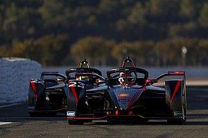 Nissan и DS получат преимущество в новом сезоне Формулы Е? Их гонщики это опровергают