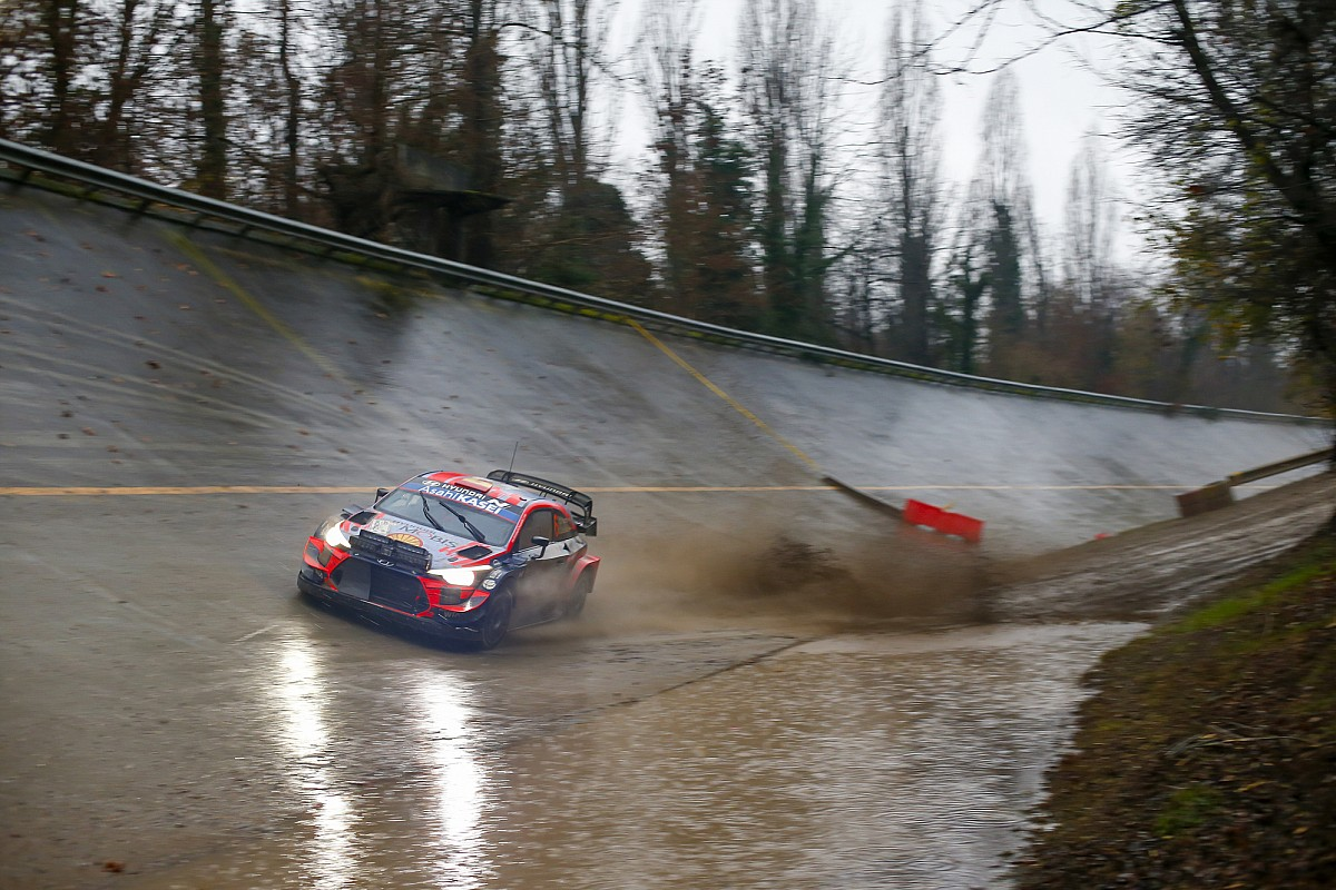 WRC, Rally Monza, PS15: Sordo supera Tanak e torna secondo