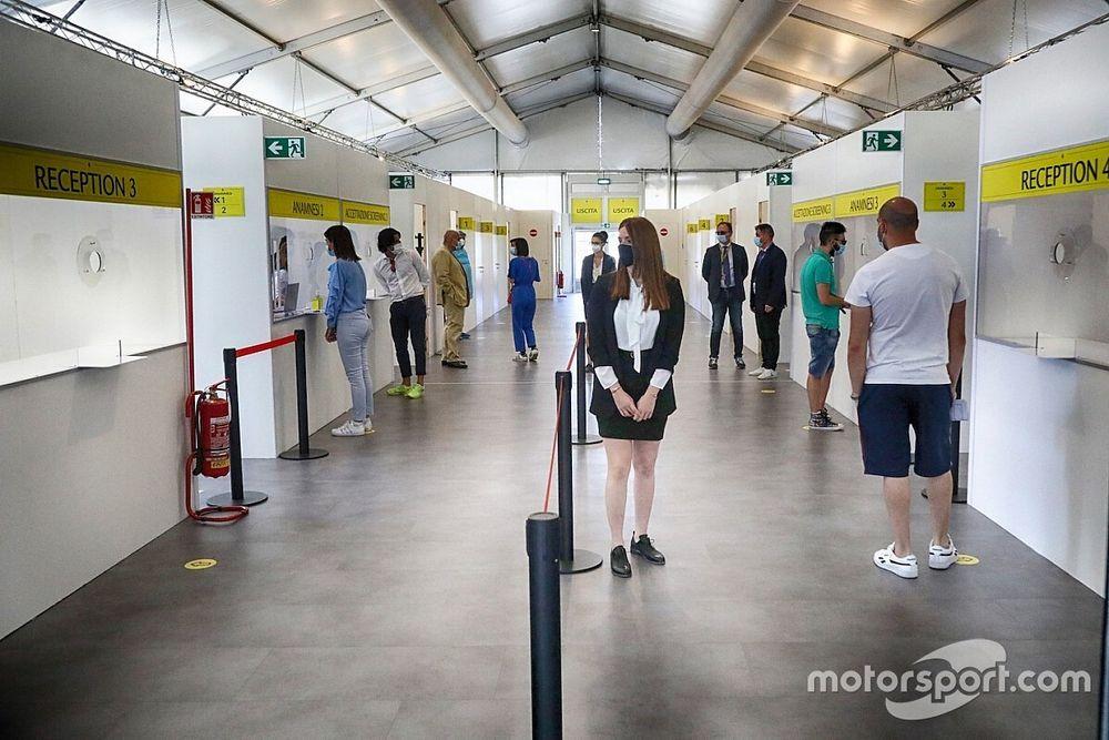 Ferrari introduce i tamponi rapidi per accelerare lo screening