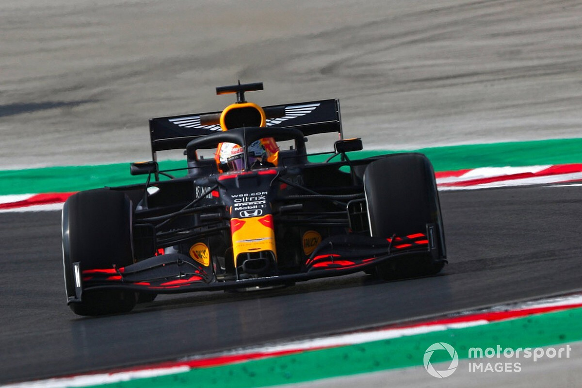 Turkish GP: Verstappen leads Leclerc in second practice