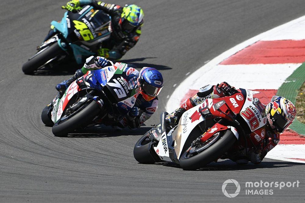 LCR quiere negociar con Honda seguir con dos motos
