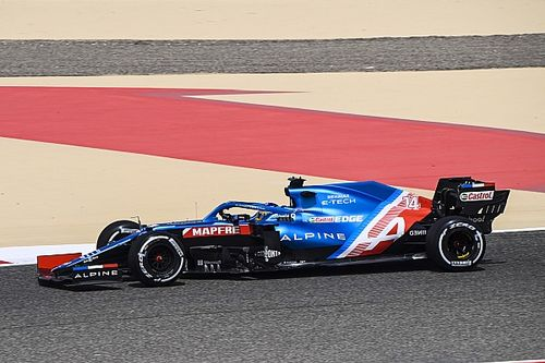 Alonso liderem, moment Sainza