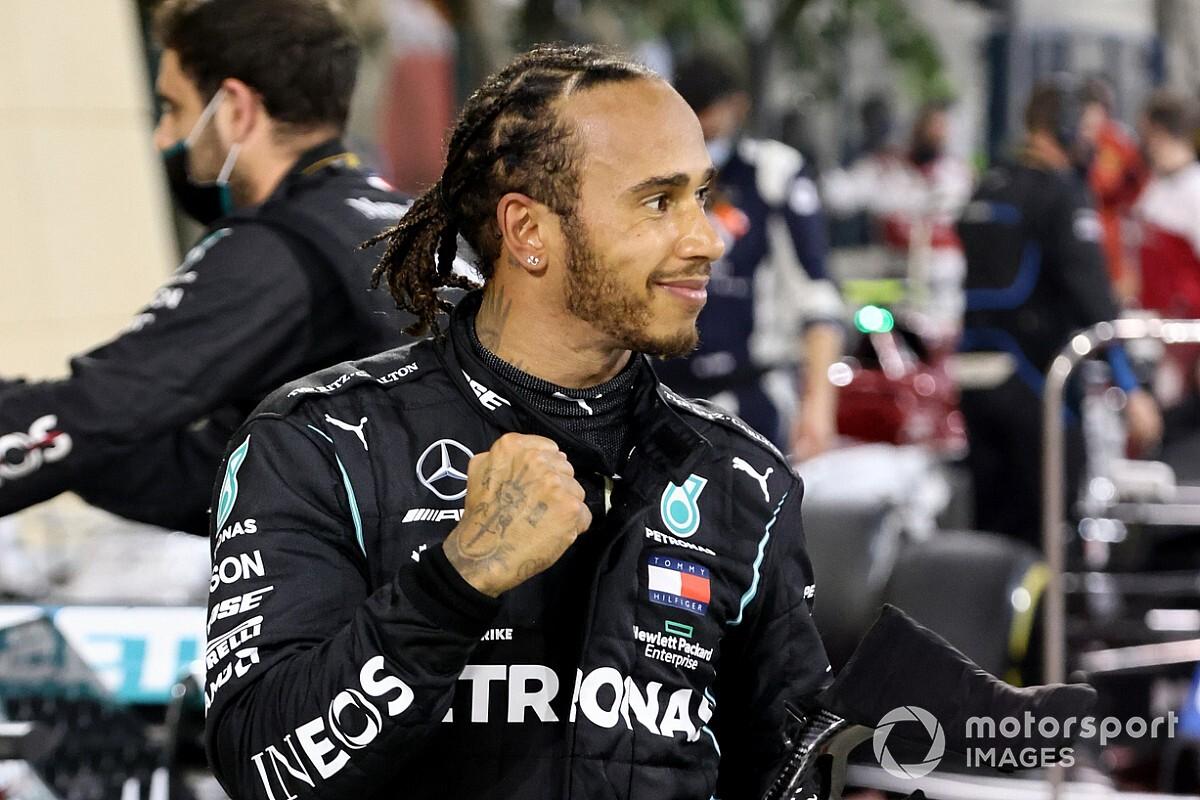 Megegyezett egymással Hamilton és a Mercedes, ez áll a szerződésben! – német sajtó