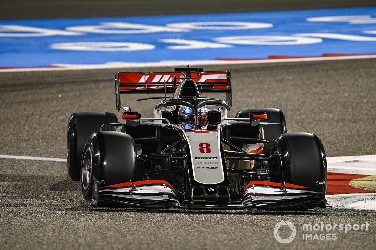 Grosjean 'won't take risk' with left hand to make F1 return