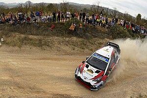 Ogier y Loeb persiguen a Latvala por la victoria en España