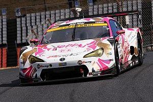 坪井翔の勢い止まらず! 25号車86 MCが今季2度目のPPを獲得